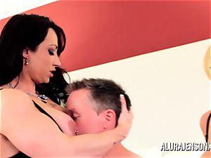 Alura Jenson milf threeway screw with Brandi May
