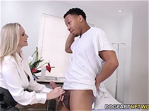 mummy doc Julia Ann Cures dark-hued knob