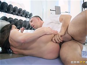 nasty brown-haired Kendra fervor ass fucking poked at the gym