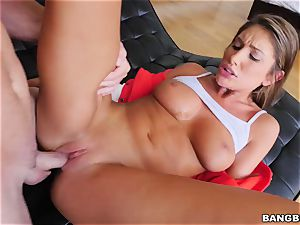 OMFG! I saw my sista August Ames finger-tickling her labia, and I want to bang her
