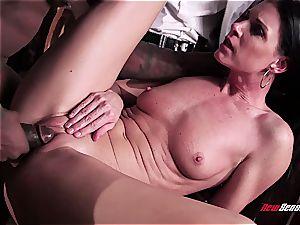 super-steamy wife India Summer ejaculating on a ebony manmeat