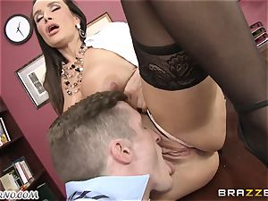 Lisa Ann - My big-chested mature hook-up therapist