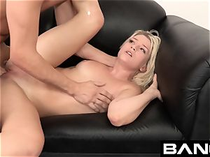 drill Casting:Aubrey Gets A Lesson in super hot bang-out