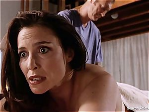 jaw-dropping Mimi Rogers gets her whole bod kneaded