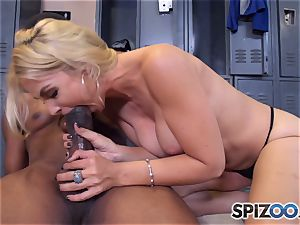 Sarah Vandella makes the deal that she gets an interview and he gets a filthy suck off