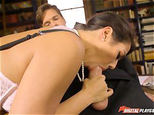 Headmistress Eva Lovia plays with her super-naughty schoolgirl