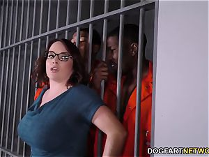 chesty Maggie Green Has multiracial 3some In prison