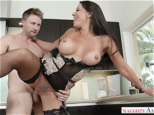 My brother's insane wifey Rachel Starr saddles my manhood