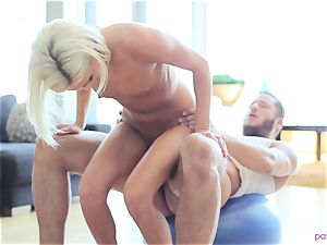 Kacey Jordan stops yoga to shag her guy