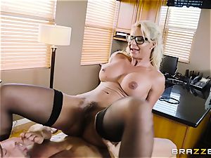Johnny Castle pummeling jaw-dropping platinum-blonde Phoenix Marie