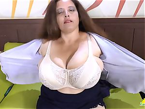 LATINCHILI Rosaly is wanking her yam-sized brazilian grannie