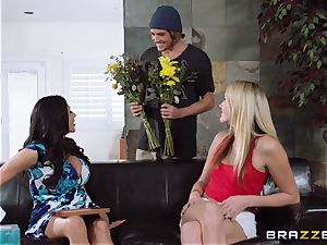 Mean mother Ariella Ferrera seduces her daughters-in-law stud