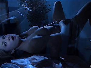 Nighttime onanism with blonde babe Dahlia Sky