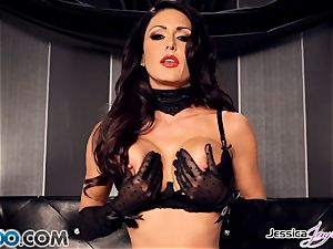 Jessica Jaymes toying with her cool cunny pie