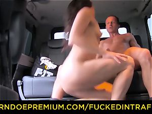 humped IN TRAFFIC - Czech stunner cheats her beau in cab