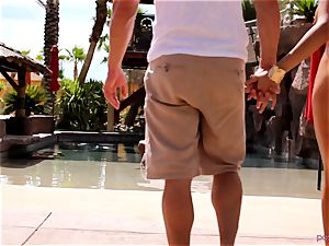 Anissa Kate undress her swimsuit to ravage poolside