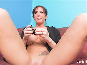 huge-chested Jayden Jaymes gets bare and tongues chocolates