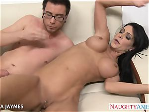 chesty dark haired Jessica Jaymes gets romped
