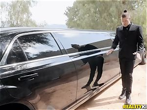 Jessa Rhodes penetrated in the limo